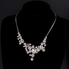 Alloy Rhinestones With Rhinestone Fashion Necklace