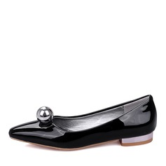 Women's Patent Leather Flat Heel Flats Closed Toe With Beading shoes