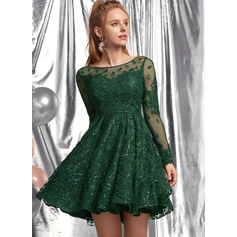 A-Line Scoop Neck Short/Mini Lace Prom Dresses With Sequins