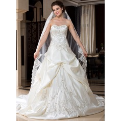 One-tier Lace Applique Edge Cathedral Bridal Veils With Embroidery