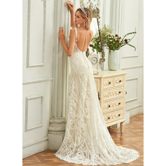Trumpet/Mermaid V-neck Court Train Tulle Lace Wedding Dress (265255570)
