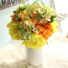 Lovely Free-Form Fabric Bridesmaid Bouquets/Decorations -