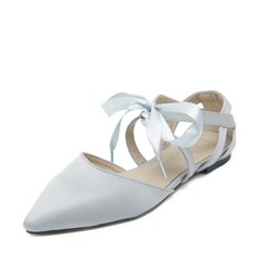 Women's Satin Flat Heel Flats Closed Toe With Lace-up shoes (086142461)