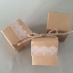 Cubic Card Paper Favor Boxes  (050126083)