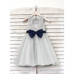 A-Line Knee-length Flower Girl Dress - Tulle/Lace Sleeveless Scoop Neck With Bow(s)