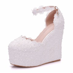 Women's Leatherette Wedge Heel Closed Toe Wedges With Applique