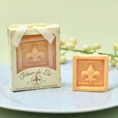 "Classic/""Happy Wedding"" Soap Creative Gifts"