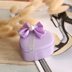 Heart-shaped Metal Favor Tin With Bow