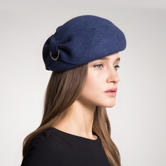 Ladies' Fashion/Glamourous/Elegant/Simple/Eye-catching/Pretty/Fancy/Romantic Wool With Imitation Butterfly Beret Hat