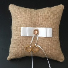 Simple Ring Pillow in Linen With Ribbons/Rhinestones
