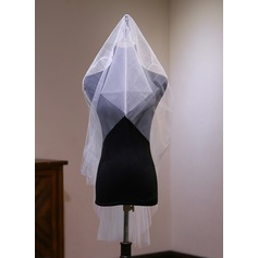 Two-tier Cut Edge Fingertip Bridal Veils With Lace