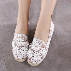 Women's Lace Flat Heel Flats Closed Toe With Flower shoes (086145813)