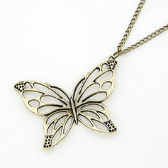 Butterfly Shaped Alloy Women's Fashion Necklace