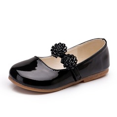 Girl's Leatherette Flat Heel Closed Toe Flats With Flower