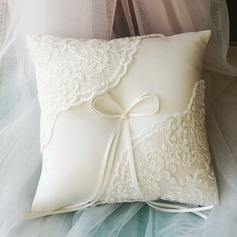 Ring Pillow in Lace (103143819)