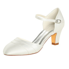 Women's Silk Like Satin Chunky Heel Closed Toe Pumps (047096510)