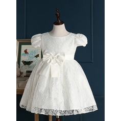 A-Line/Princess Short/Mini Flower Girl Dress - Lace Short Sleeves Jewel With Bow(s)