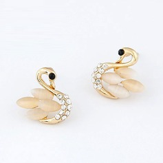 Unique Alloy With Rhinestone Girls' Fashion Earrings