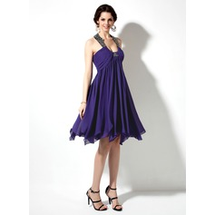 Empire Scoop Neck Knee-Length Chiffon Homecoming Dress With Ruffle Beading