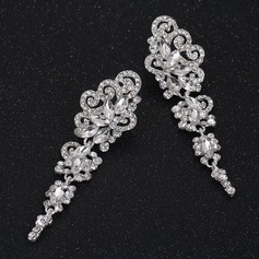 Charming Alloy/Rhinestones Ladies' Earrings
