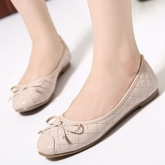 Women's Leatherette Flat Heel Flats Closed Toe With Bowknot shoes (086118815)