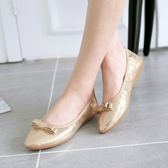 Women's PU Flat Heel Flats Closed Toe With Bowknot shoes (086142463)