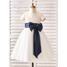 Ball Gown Tea-length Flower Girl Dress - Tulle/Lace Short Sleeves Scoop Neck With Sash/Bow(s)