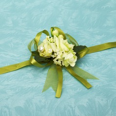 Eye-catching Free-Form Satin Wrist Corsage