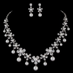 Charming Pearl/Zircon Ladies' Jewelry Sets