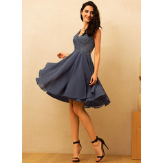 V-Neck Sleeveless Midi Dresses (293250309)