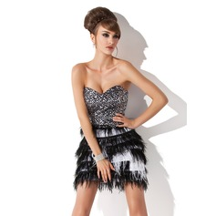 A-Line/Princess Sweetheart Short/Mini Charmeuse Sequined Cocktail Dress With Feather