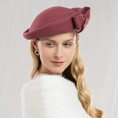 Ladies' Eye-catching/Pretty/High Quality Wool With Bowknot Beret Hat