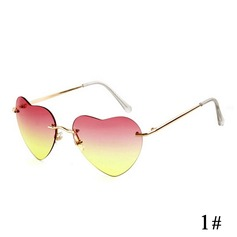 UV400 Chic Wayfarer Heart-shaped Sun Glasses (201083503)