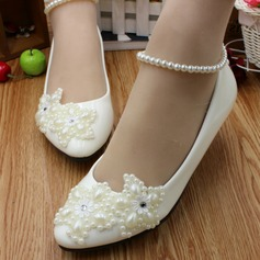 Women's Lace Leatherette Flat Heel Closed Toe Flats With Imitation Pearl Rhinestone