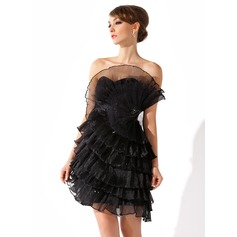 Sheath/Column Scalloped Neck Short/Mini Organza Cocktail Dress With Ruffle Beading