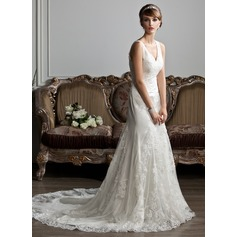 Trumpet/Mermaid V-neck Chapel Train Tulle Wedding Dress With Ruffle Lace