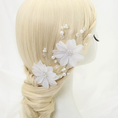Flower Shaped Alloy/Imitation Pearls/Tulle Hairpins (Set of 2)