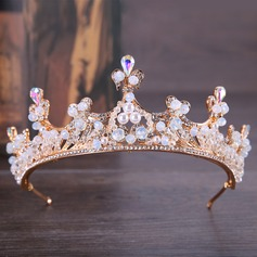 Classic Alloy Tiaras With Venetian Pearl
