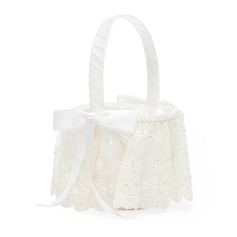 Nice Flower Basket in Satin With Bow/Lace (102049621)