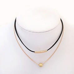 Chic Alloy Resin Ladies' Fashion Necklace