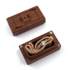 Elegant/Vintage Style/Personalized Wood Ring Box