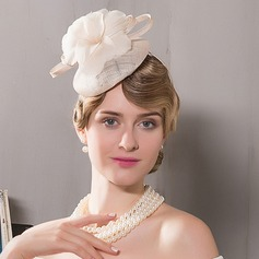 Ladies' Simple Net Yarn Fascinators