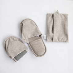 2-Pairs Slippers for Man & Woman (Set of 2)