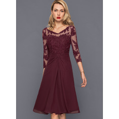 A-Line V-neck Knee-Length Chiffon Cocktail Dress With Ruffle (016140385)