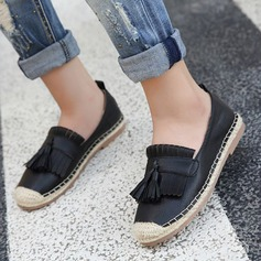 Women's PU Flat Heel Flats Closed Toe With Tassel shoes (086145804)