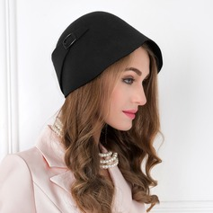 Ladies ' Vinobraní Vlna Bowler / Cloche Hat