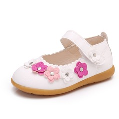 Jentas Lukket Tå Leather flat Heel Flate sko Flower Girl Shoes med Velcro Blomst Rivet