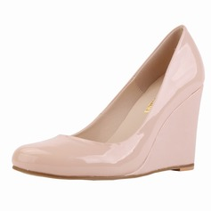 Women's Patent Leather Wedge Heel Closed Toe Wedges shoes (085113470)