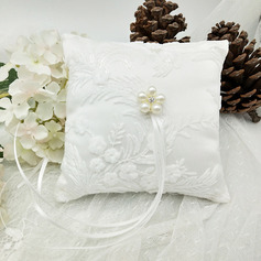 Pure Elegance Cloth Ring Pillow With Ribbons/Petals