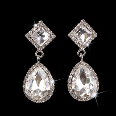 Charming Alloy With Crystal Ladies' Earrings